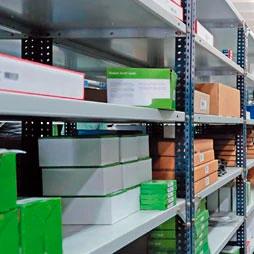 tipos de montaje estanterías metálicas