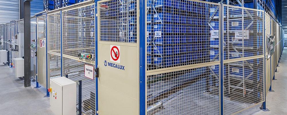 El vallado perimetral de seguridad garantiza la seguridad de los operarios protegiendo las máquinas en las que trabajan